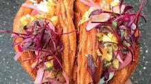 El tacro, la mezcla entre croissant y taco que puede ser el hit del año