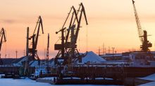 China Deepens Oil Ties With Russia in $9 Billion Rosneft Deal