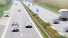 Messina, mamma e figlio scomparsi dopo incidente in autostrada