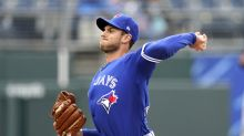 Royals earn doubleheader split with Jays on Perez's walk-off