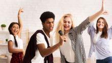 BAM Karaoke lance le Netflix du karaoké : un micro et une appli pour chanter où vous voulez et quand vous voulez !