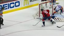 Kuznetsov stays patient to beat Halak in 3rd