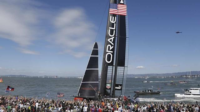 Oracle wins twice to stay alive in America's Cup