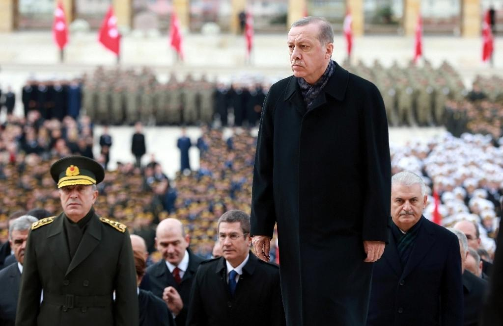 Turkish President Recep Tayyip Erdogan (C), has previously floated plans for Turkey to join the Shanghai Cooperation Organization, which could scupper its EU membership bid