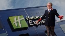 Rod Stewart spends a night at the Holiday Inn after 40-year ban lifted