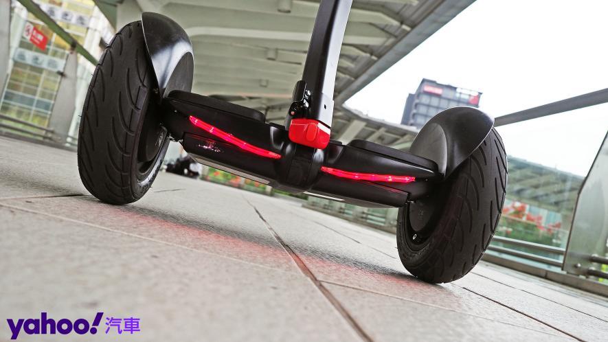 最從容帥氣的移動生活新指標!Segway Ninebot S PRO開箱實測! - 6