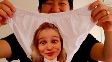 Pyong mostra cueca com o rosto da esposa estampado