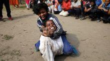 Del karate al gas pimienta: las mujeres indias se defienden de las agresiones sexuales