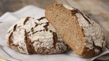 Simpler Trick für Brot: Aus trocken und hart mach frisch und weich