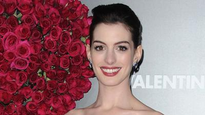Hathaway: 'I'm Going To A Wedding' For 'Valentine's Day'