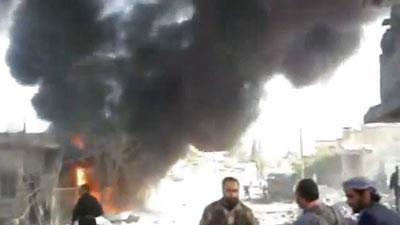 Amateur video shows Syrian bombing of rebels