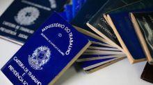 Quem for demitido com carteira assinada e não tiver direito ao seguro-desemprego pode pedir auxílio emergencial até 3 de julho