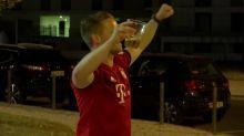 """Finale - """"Exceptionnel"""", """"fou"""", """"parfait""""... les fans du Bayern savourent le triplé"""