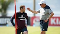Wayne Rooney doesn't expect to lose spot