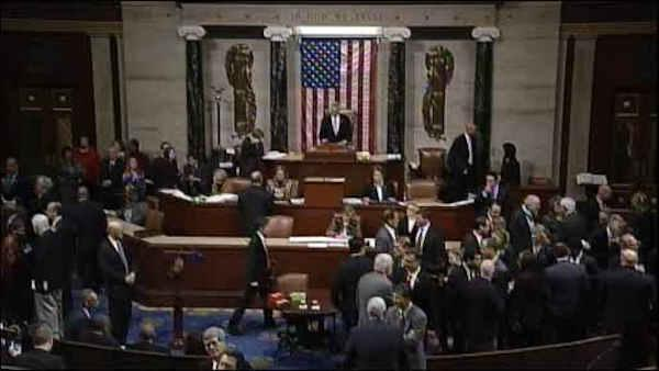 House passes bill to avoid fiscal cliff