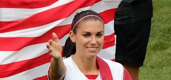 Alex Morgan and husband expecting baby