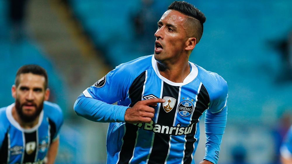 "Lucas Barrios: ""Me siento bien en Chile, me siento en casa"""