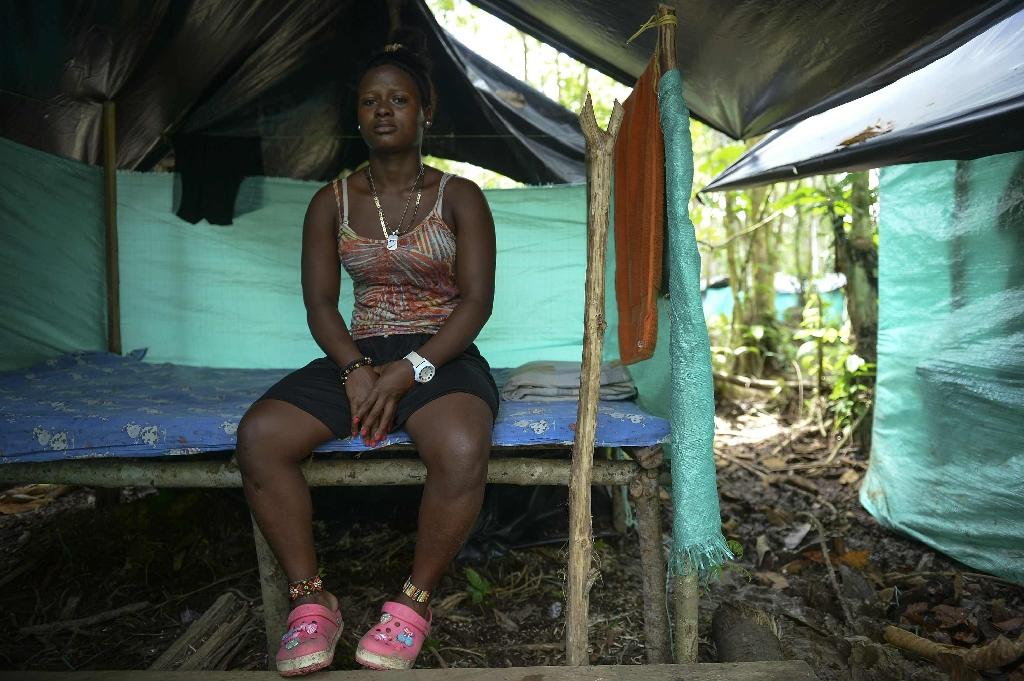 FARC guerrilla fighter Mileidy, 19, says she has no regrets despite continued pain from shrapnel fragments still lodged in her after an army air strike (AFP Photo/Raul ARBOLEDA)