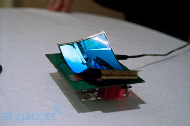 Samsung Display teases 5.5-inch flexible 720p display for demo at CES