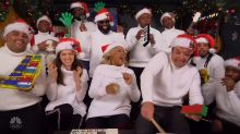 Anna Kendrick and Jimmy Fallon sing 'Christmas (Baby Please Come Home)'