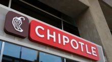 Chipotle Grill Trades Flat Despite Delivering Spicy Earnings