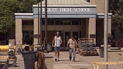 Nicolet HS To Reopen Monday After July Flooding