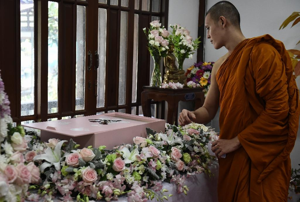 Wat Krathum Suea Pla Buddhist temple in Bangkok now has a ceremonial compound and cremation chambers (AFP Photo/LILLIAN SUWANRUMPHA)
