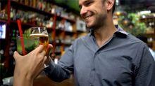 ¿Por qué vomitamos cuando bebemos en exceso?