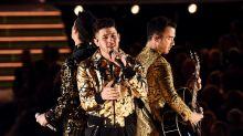 Nick Jonas: Ein Detail sorgte bei diesem Grammy-Auftritt für Lacher