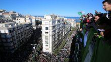 Nouvelle manifestation à Alger, l'opposition demande à l'armée de rester à l'écart