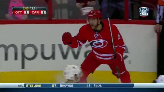 Eric Staal sets up a Tuomo Ruutu score
