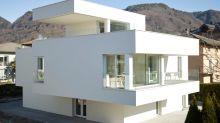 Una Casa Moderna, che Ti Stupirà per la Sua Luminosità