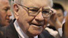 82% of Warren Buffett's Portfolio Is in These 3 Sectors