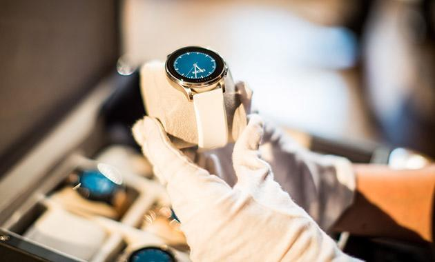 Vector smartwatches promise a 30-day battery life