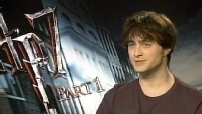 'Harry Potter' Star Daniel Radcliffe Sits Down With 12 News' Gino Salomone