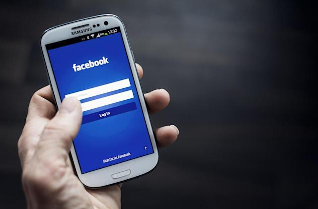 German privacy watchdog orders Facebook to stay out of usernames