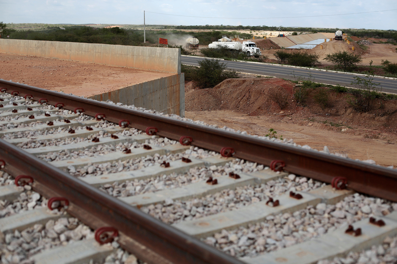 Aspiring Teenage Model Dies During Texas Railway Photo Shoot