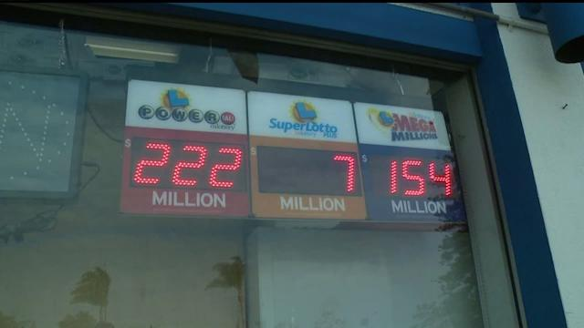 San Diegans Caught Up In The Powerball Fever