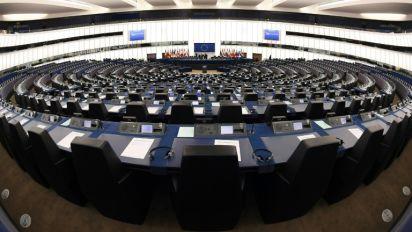 Budget de l'UE: le Parlement dénonce les chiffres biaisés des coupes post-Brexit