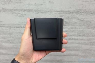 Model 3 中控側邊置物盒分享:適合車內永遠都想放更多東西的你