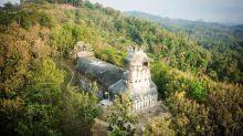 原本構思白鴿最後變成雞 爪哇雞教堂成景點