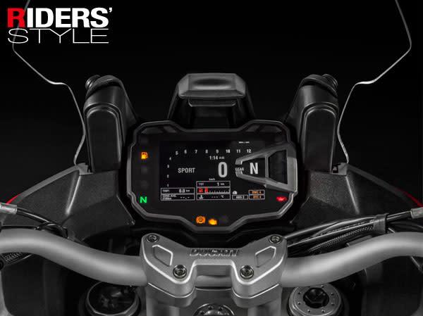 多工能智慧型面板,可顯示車輛各種細部狀態。