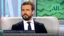 Decenas de usuarios se fijan en el mismo detalle de la cara de Pablo Casado en su entrevista con Ana Rosa