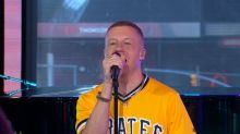 Macklemore performs his new single 'Glorious' with Skylar Grey live on 'GMA'