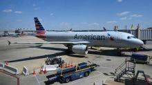 American Airlines alerta sobre demissão de até 25.000 trabalhadores