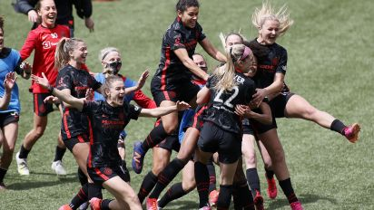 Thorns win Challenge Cup in penalty shootout