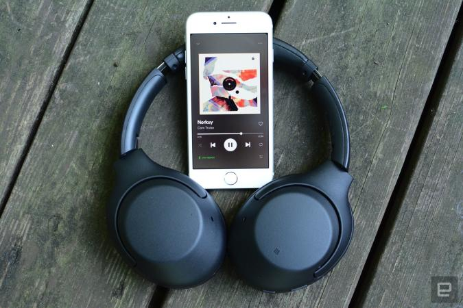 Sony WH-XB900N wireless headphones