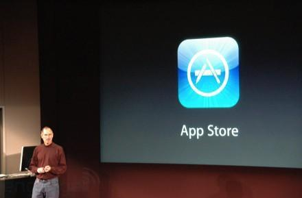Microsoft hires linguist in 'App Store' dispute with Apple