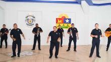 """Policías de México enfrentan al coronavirus con una divertida versión del """"Mariachi Loco"""""""