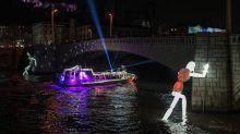 A Lyon, la Fête des Lumières révèle le supplément d'âme des robots
